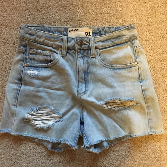 Garage light wash mom shorts